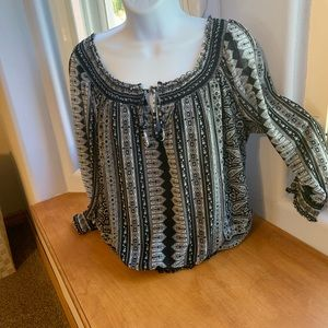 Beauty for a Great Price! INC black/white top